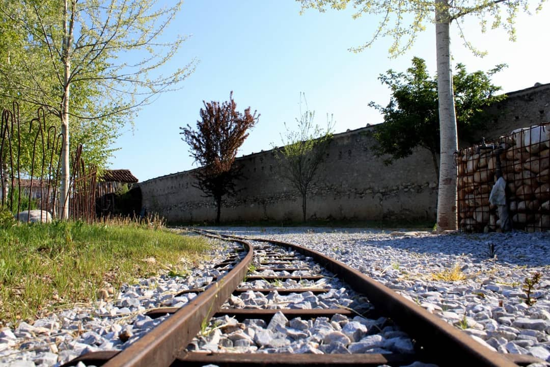 rotaie treno miniatura