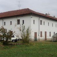L'esterno dell'ex Convento dei Frati Cappuccini di Busca
